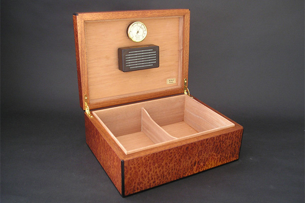 Humigar Exclusive Humidor Humidifiers for Michael Dixon Humidors