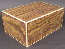 Walnut 150 Cigar Humidor